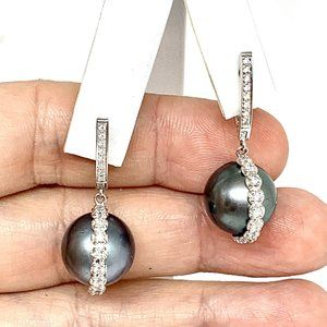 Diamond Tahitian Pearl 14 Kt Earrings